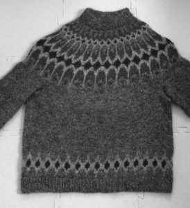 Asymptote Sweater - Black & White