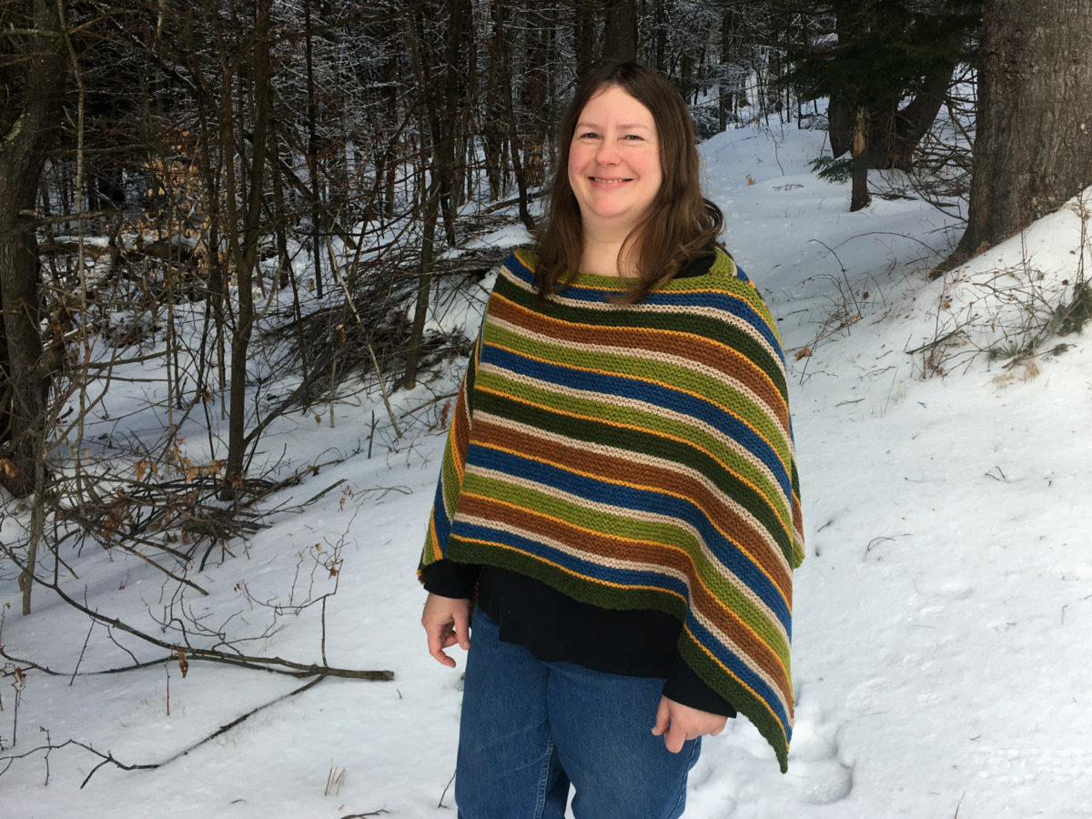 Six Stripe Poncho – A simple and colorful stash-buster